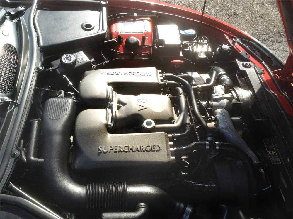 2001 JAGUAR XKR CONVERTIBLE - Engine - 139179
