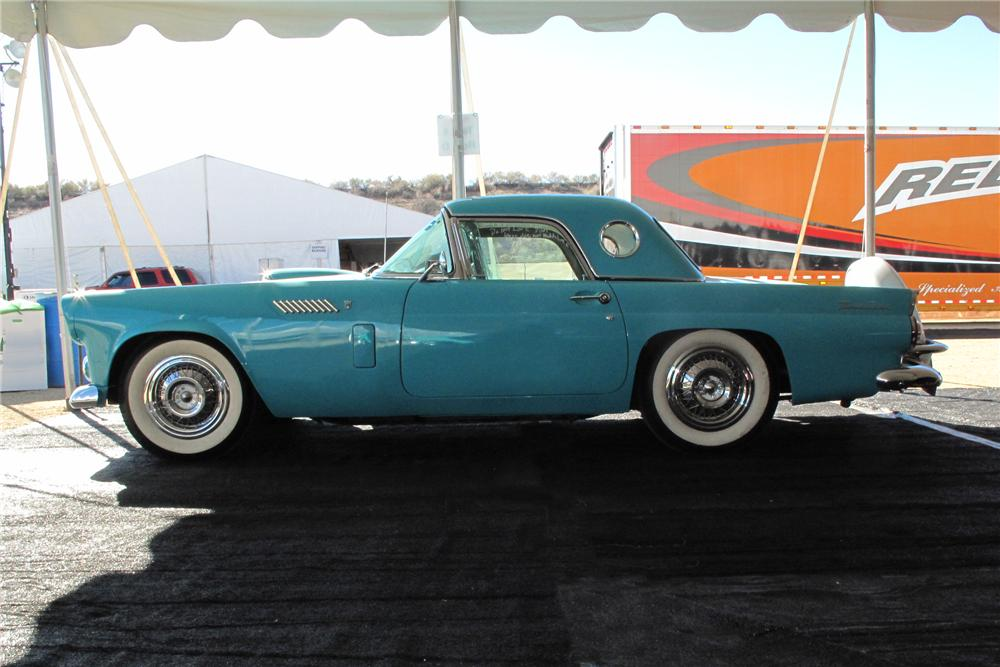 1956 FORD THUNDERBIRD CONVERTIBLE - Side Profile - 139187
