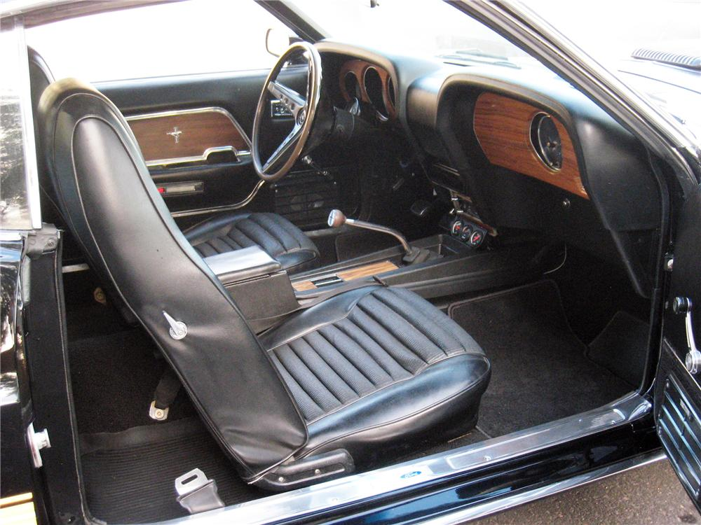 1969 FORD MUSTANG MACH 1 CUSTOM FASTBACK - Interior - 139255