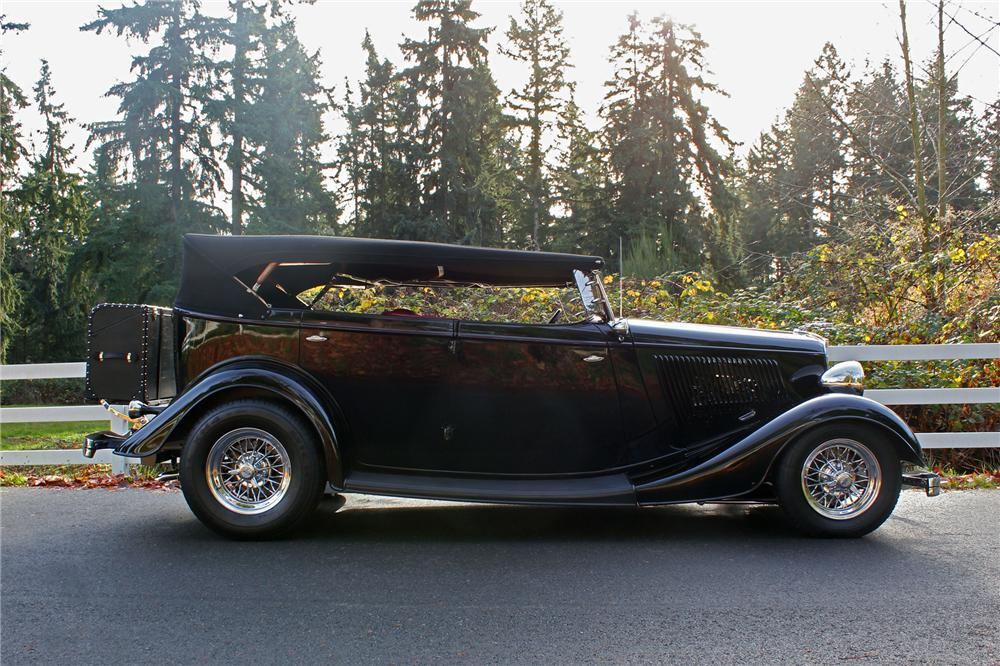 1934 FORD PHAETON CUSTOM 4 DOOR CONVERTIBLE - Side Profile - 139277