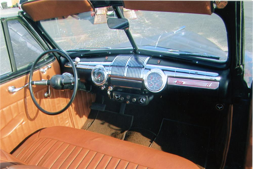 1947 FORD CUSTOM CONVERTIBLE - Interior - 139295