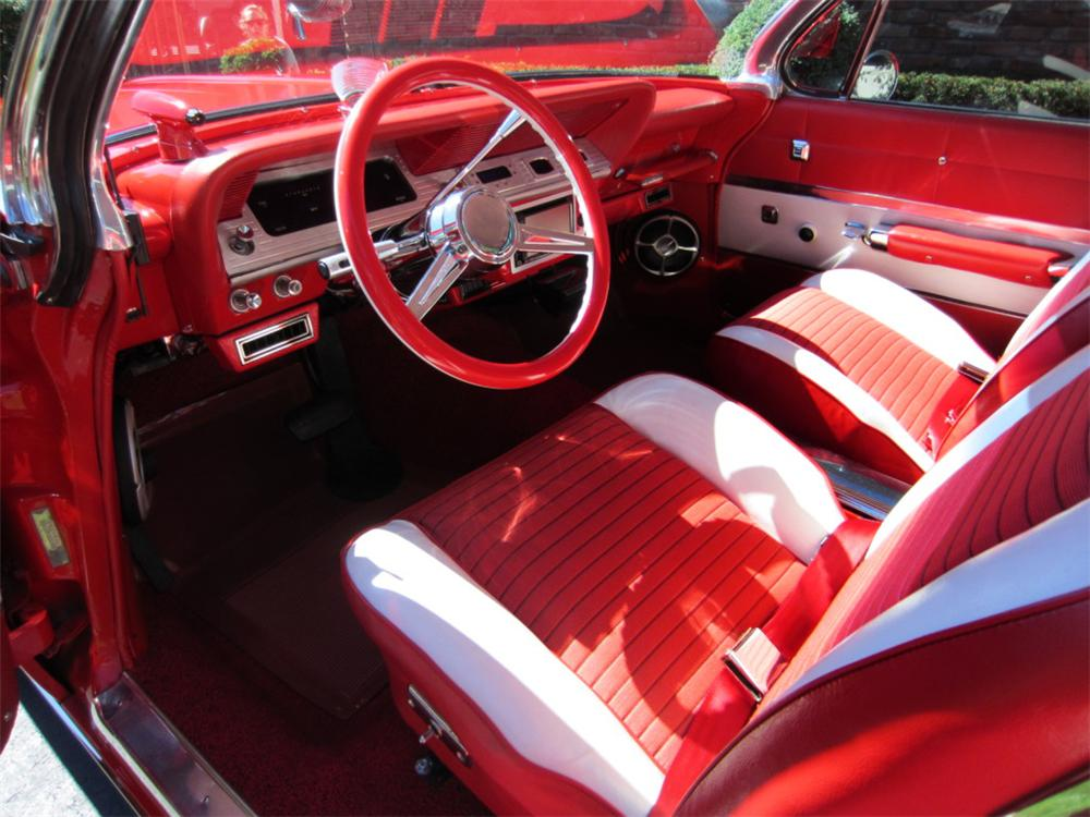 1961 CHEVROLET IMPALA CUSTOM 2 DOOR COUPE - Interior - 139309
