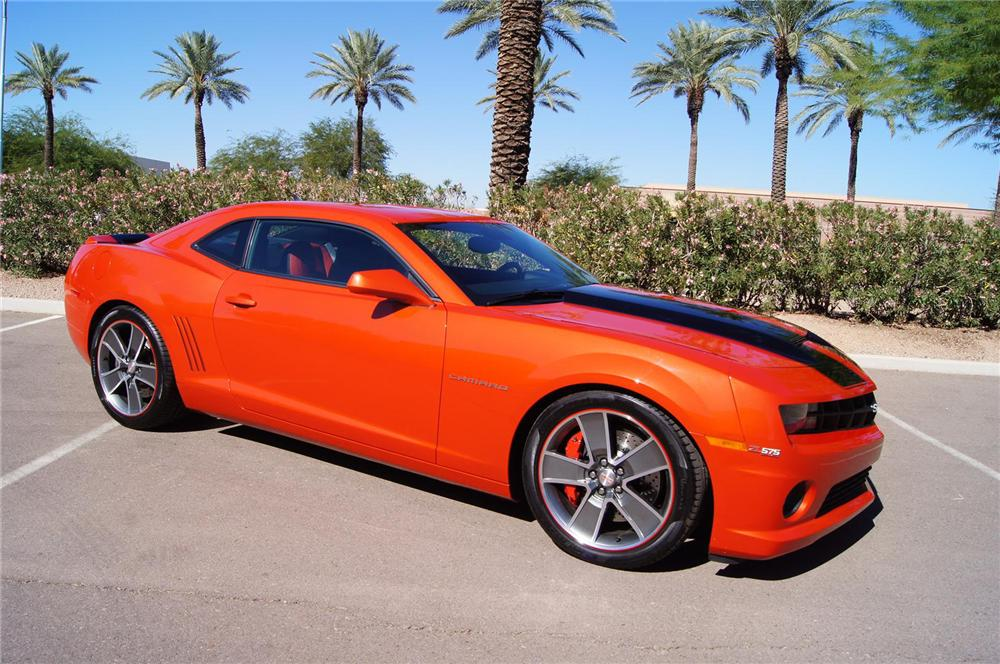 2010 CHEVROLET CAMARO 2 DOOR COUPE - Front 3/4 - 139349