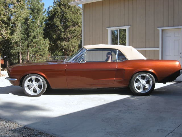 1967 FORD MUSTANG CONVERTIBLE - Side Profile - 139354