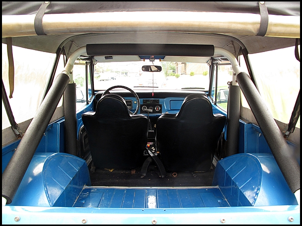 1972 JEEP COMMANDO CONVERTIBLE - Interior - 139374