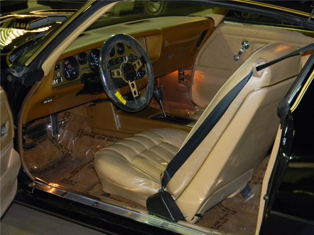 1977 PONTIAC FIREBIRD TRANS AM  - Interior - 139378
