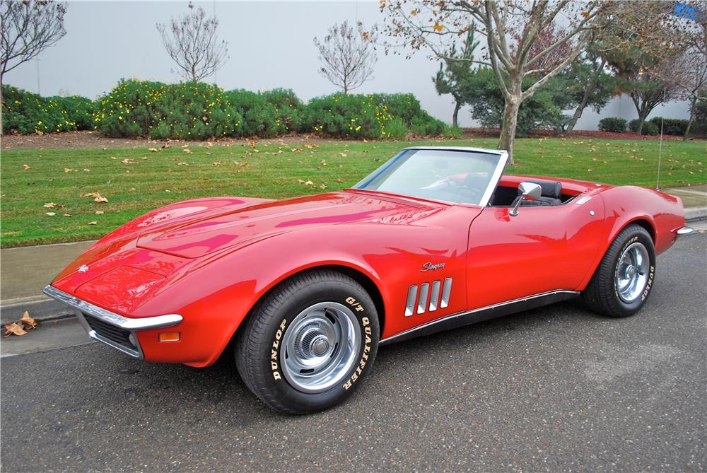 1969 CHEVROLET CORVETTE CONVERTIBLE - Front 3/4 - 139381