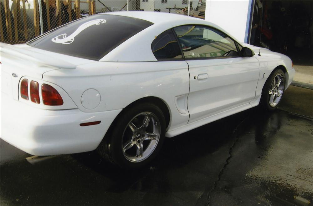 1998 FORD MUSTANG COBRA SVT 2 DOOR COUPE - Rear 3/4 - 139386