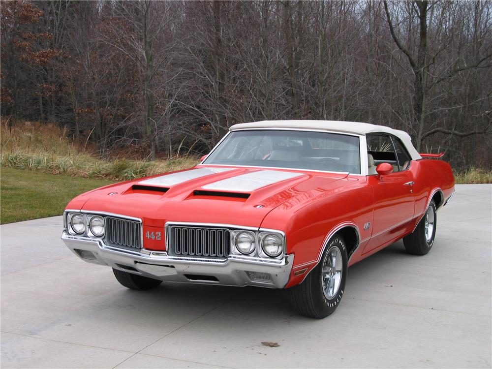 1970 OLDSMOBILE 442 CONVERTIBLE - Front 3/4 - 139422