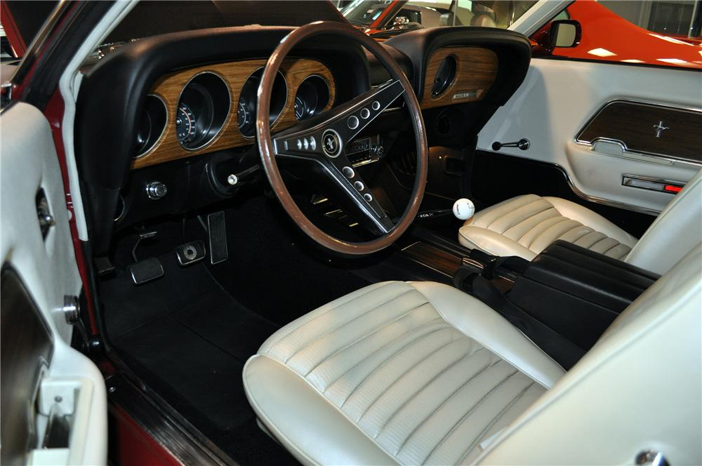 1969 FORD MUSTANG MACH 1 FASTBACK - Interior - 139434