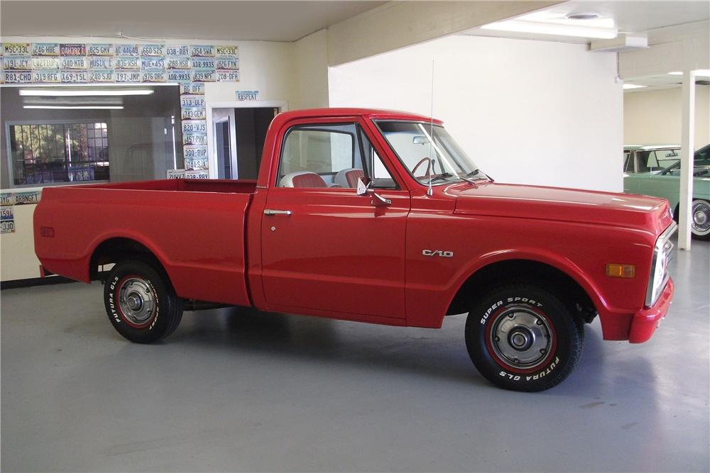 1970 CHEVROLET C-10 PICKUP - Side Profile - 139453