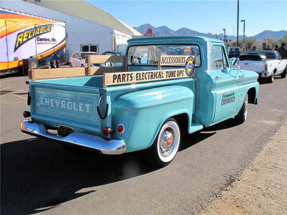 1965 CHEVROLET C-10 CUSTOM PICKUP - Rear 3/4 - 139484
