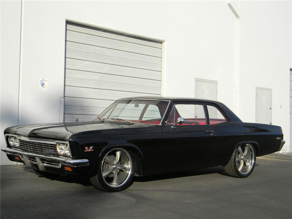 1966 CHEVROLET BISCAYNE CUSTOM 2 DOOR SEDAN - Front 3/4 - 139487