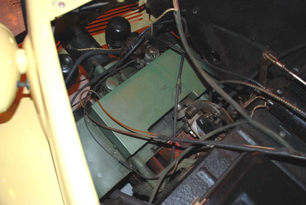 1942 CROSLEY CONVERTIBLE - Engine - 139507