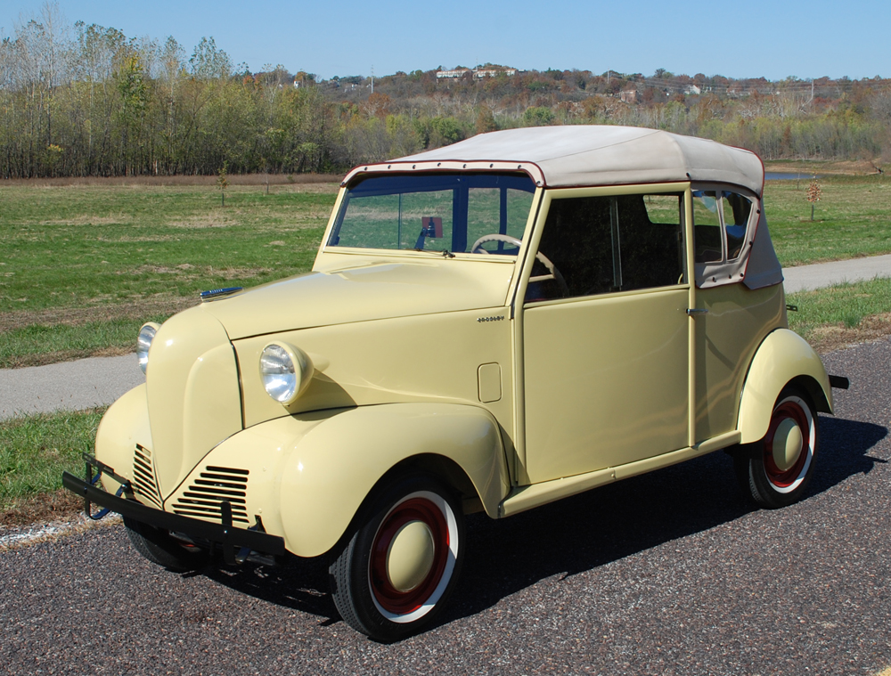 1942 CROSLEY CONVERTIBLE - Side Profile - 139507