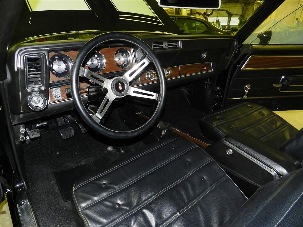 1971 OLDSMOBILE 442 W30 2 DOOR COUPE - Interior - 139853