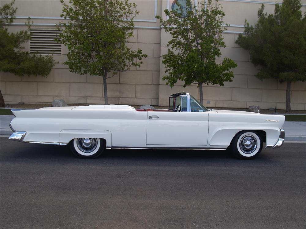 1958 LINCOLN CONTINENTAL MARK III CONVERTIBLE - Side Profile - 139912