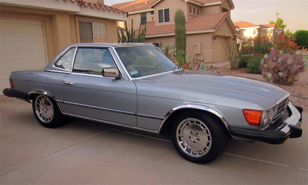 1980 MERCEDES-BENZ 450SL ROADSTER - Front 3/4 - 139954
