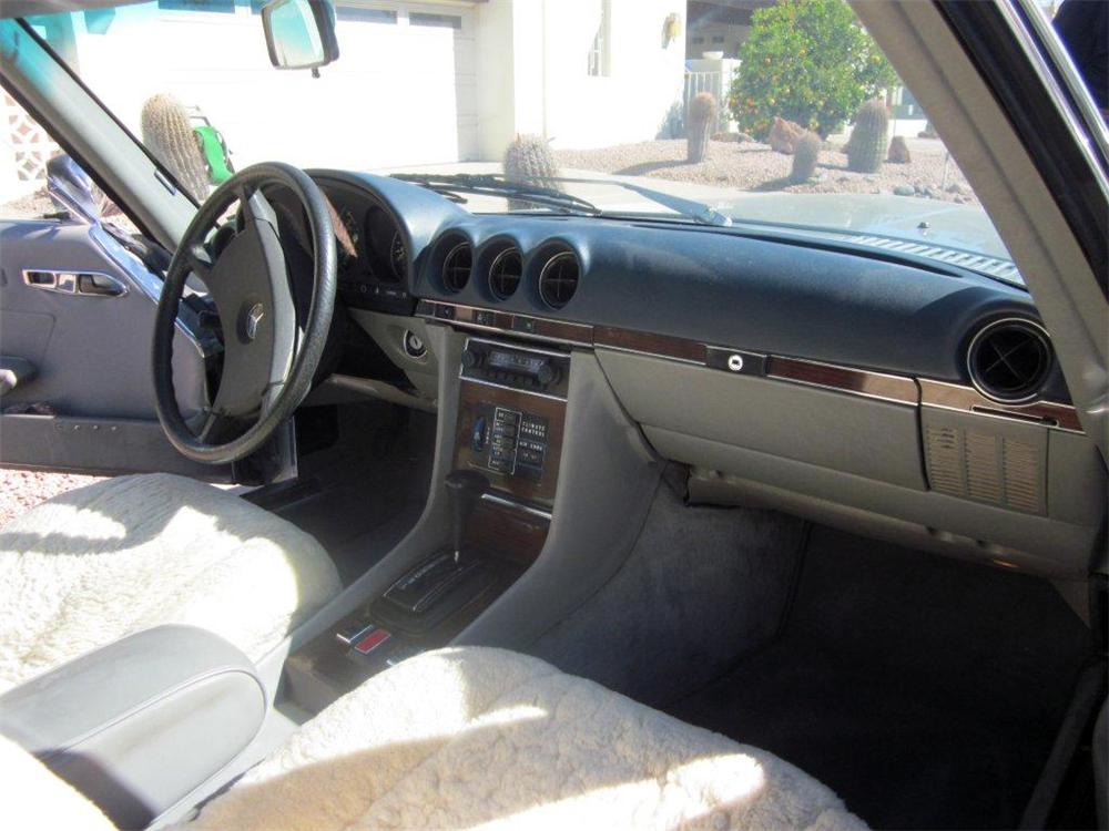 1980 MERCEDES-BENZ 450SL ROADSTER - Interior - 139954