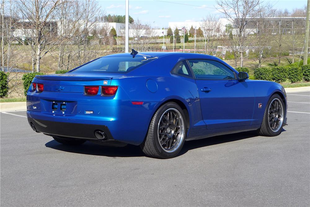 2010 CHEVROLET CAMARO CUSTOM 2 DOOR COUPE - Rear 3/4 - 151328