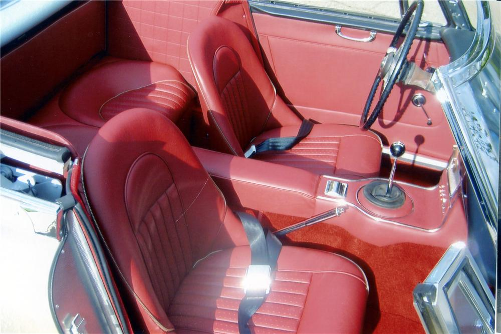 1965 AUSTIN-HEALEY 3000 MARK III BJ8 CONVERTIBLE - Interior - 151330