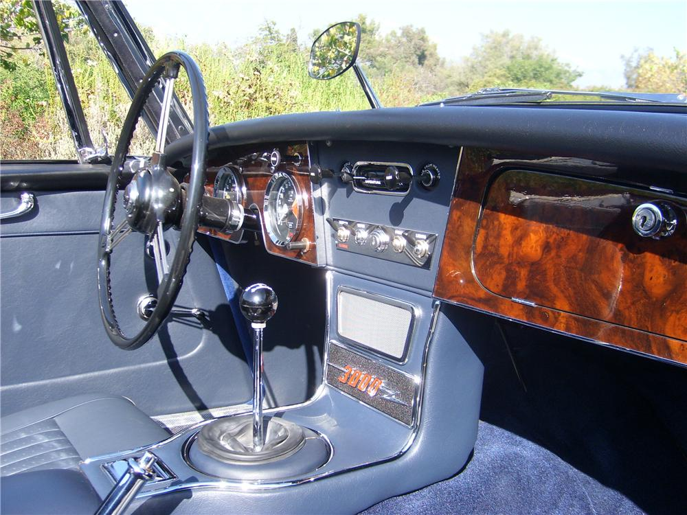 1966 AUSTIN-HEALEY 3000 MARK III BJ8 CONVERTIBLE - Interior - 151331