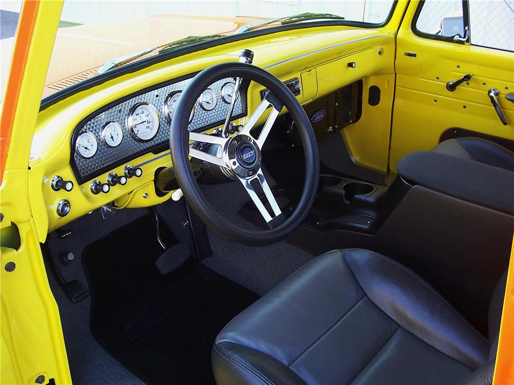 1962 FORD F-100 CUSTOM PICKUP - Interior - 151338