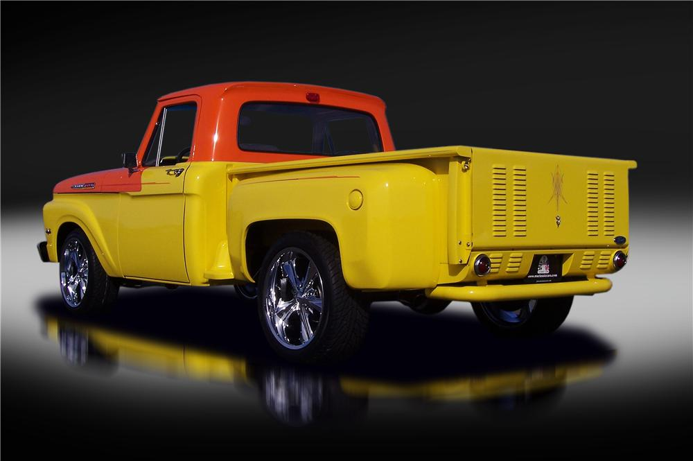 1962 FORD F-100 CUSTOM PICKUP - Rear 3/4 - 151338