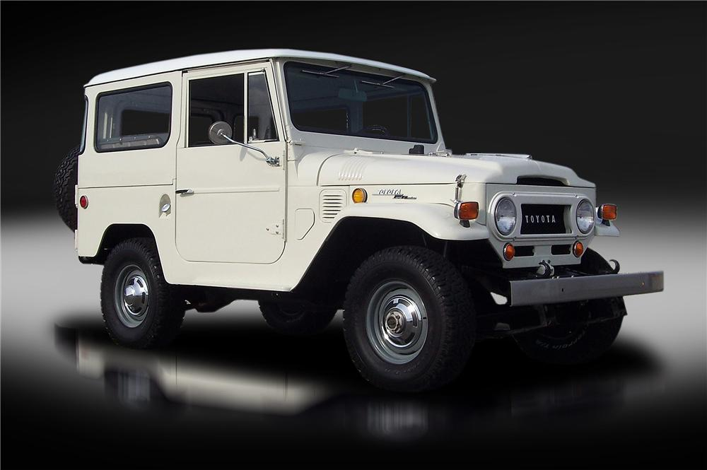 1969 TOYOTA LAND CRUISER FJ-40 2 DOOR HARDTOP