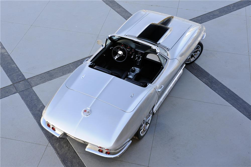 1965 CHEVROLET CORVETTE CONVERTIBLE - Rear 3/4 - 151356