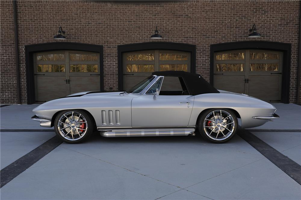 1965 CHEVROLET CORVETTE CONVERTIBLE - Side Profile - 151356
