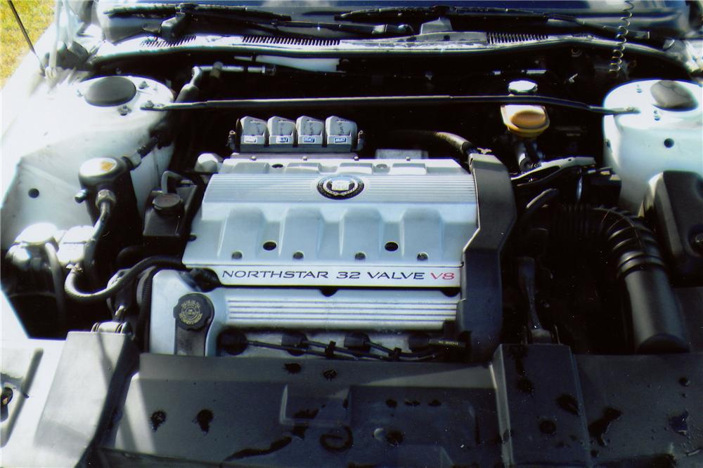 1993 CADILLAC ALLANTE CONVERTIBLE - Engine - 151371