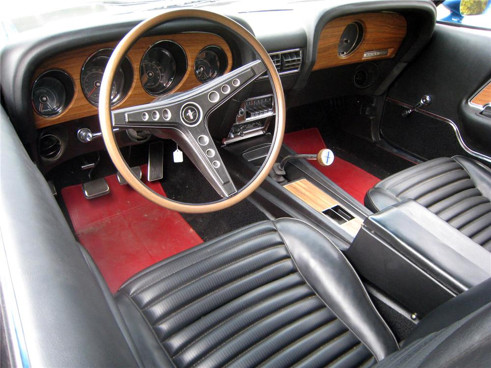 1969 FORD MUSTANG MACH 1 FASTBACK - Interior - 151378