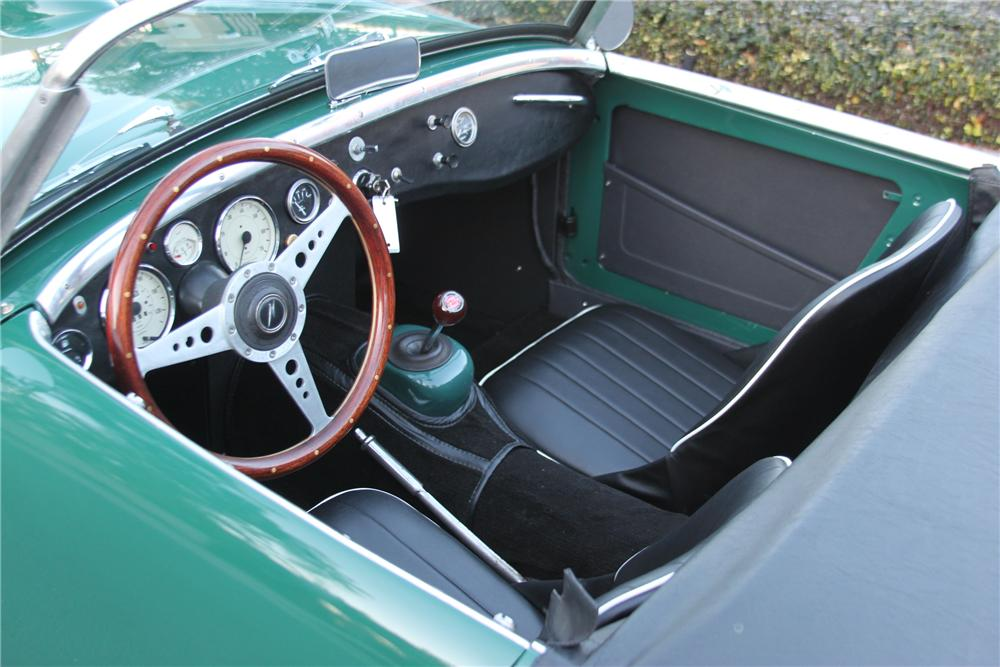 1960 AUSTIN-HEALEY SPRITE CONVERTIBLE - Interior - 151391