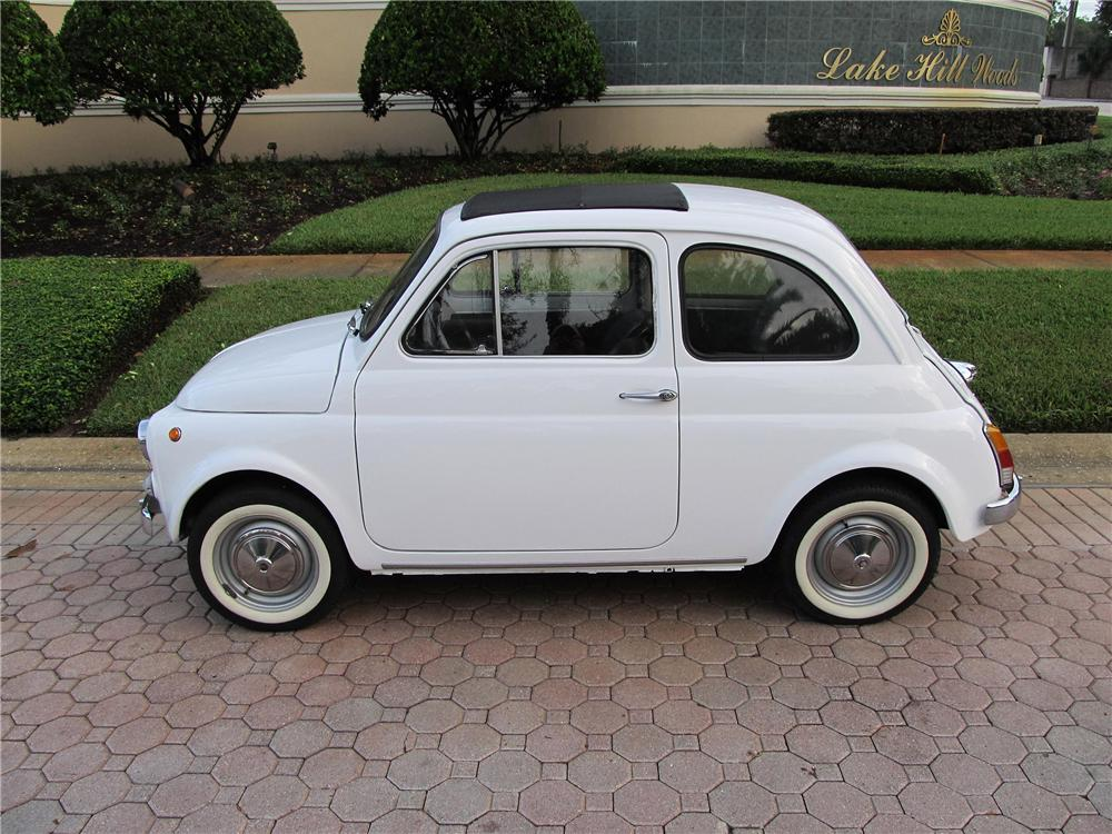 1970 FIAT 500 2 DOOR SEDAN - Side Profile - 151392