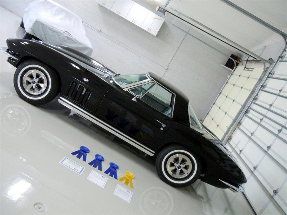 1965 CHEVROLET CORVETTE CONVERTIBLE - Side Profile - 151395