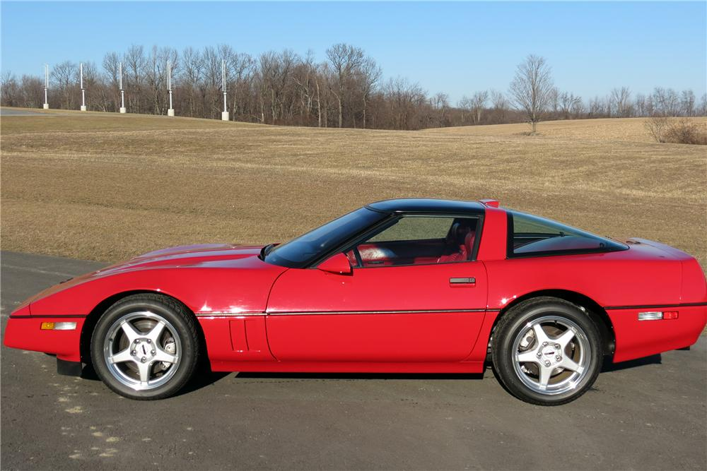 1990 CHEVROLET CORVETTE ZR1 2 DOOR COUPE - Side Profile - 151402