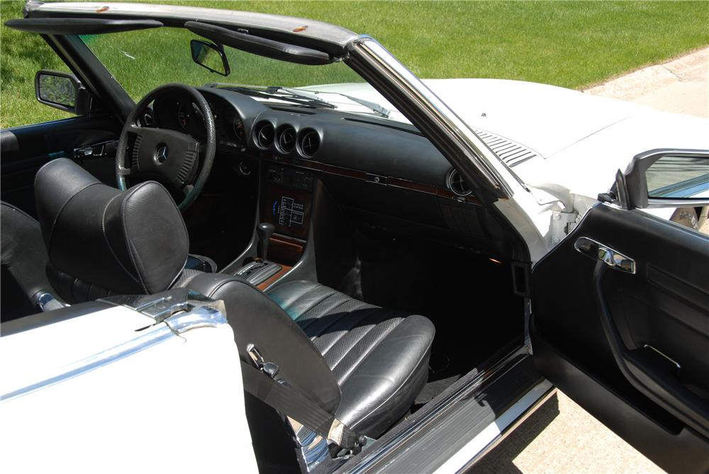 1978 MERCEDES-BENZ 450SL CONVERTIBLE - Interior - 151442