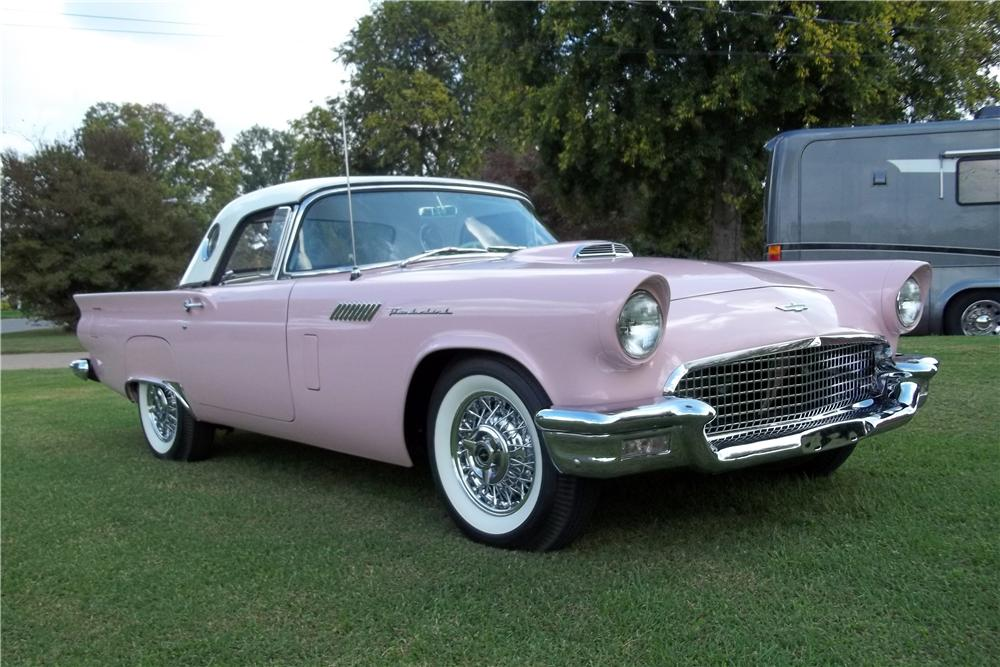 1957 FORD THUNDERBIRD CONVERTIBLE - Front 3/4 - 151470