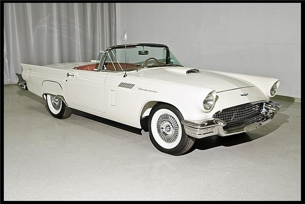1957 FORD THUNDERBIRD CONVERTIBLE - Front 3/4 - 151473