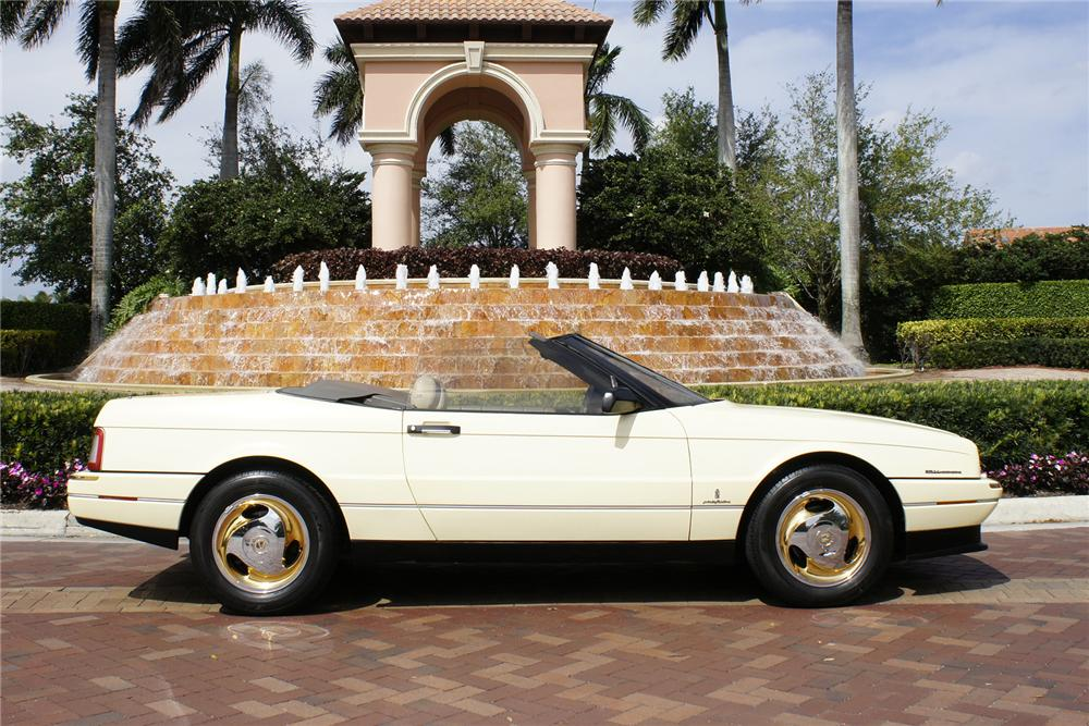 1993 CADILLAC ALLANTE CONVERTIBLE - Side Profile - 151477