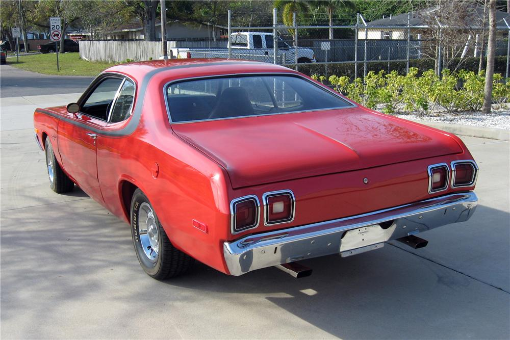 1973 DODGE DART SPORT 2 DOOR HARDTOP - Rear 3/4 - 151587