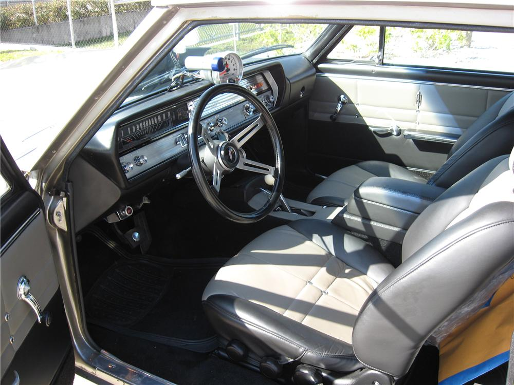 1965 OLDSMOBILE CUTLASS CUSTOM SPORTS COUPE - Interior - 151597