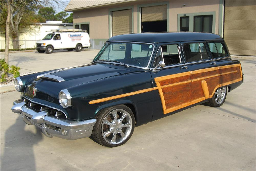 1953 MERCURY CUSTOM WAGON - Front 3/4 - 151600