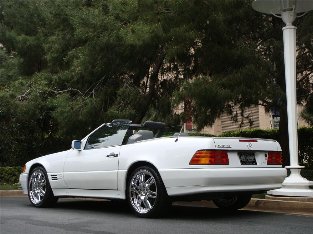 1991 MERCEDES-BENZ 500SL CONVERTIBLE - Rear 3/4 - 151694