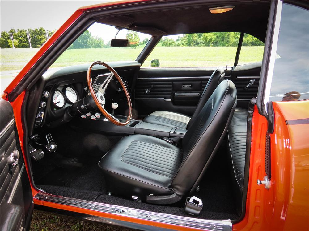 1968 CHEVROLET CAMARO CUSTOM 2 DOOR COUPE - Interior - 151705