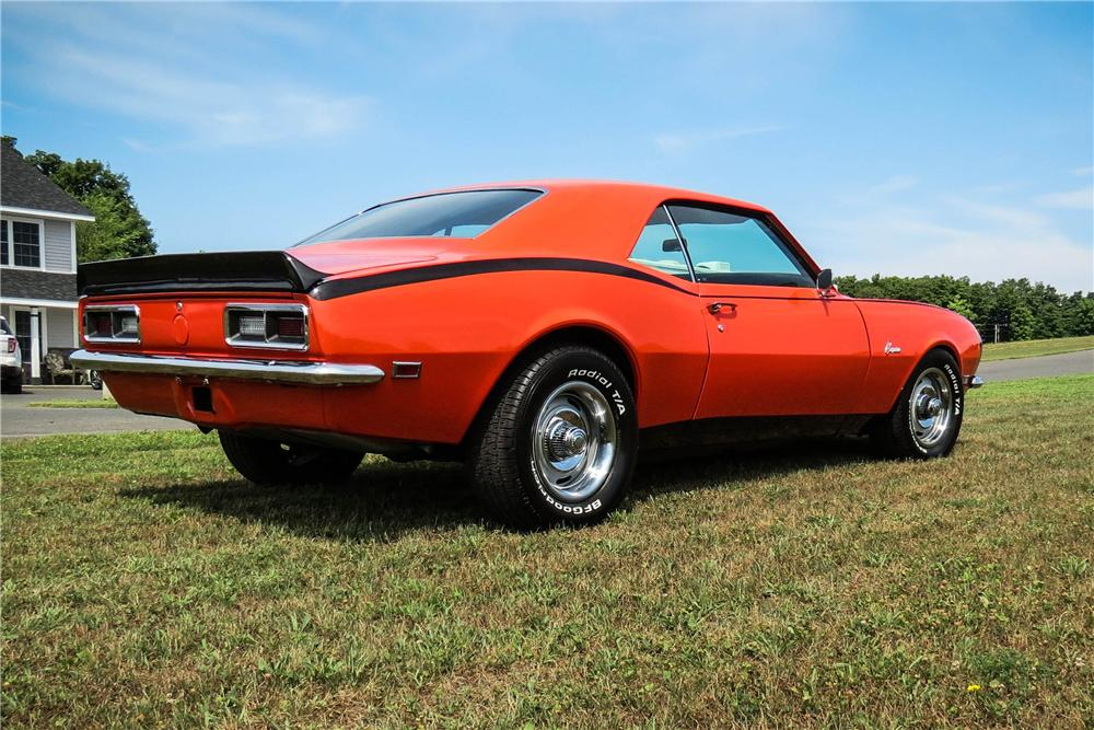 1968 CHEVROLET CAMARO CUSTOM 2 DOOR COUPE - Rear 3/4 - 151705