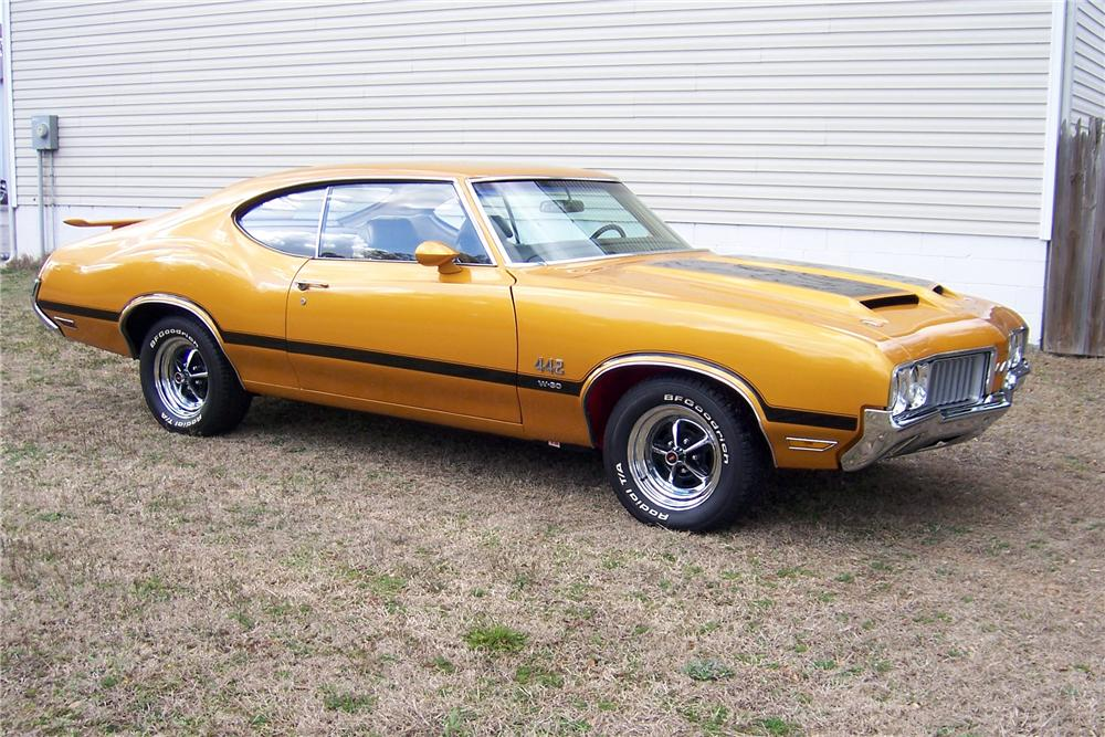 1970 OLDSMOBILE 442 2 DOOR COUPE - Front 3/4 - 151712