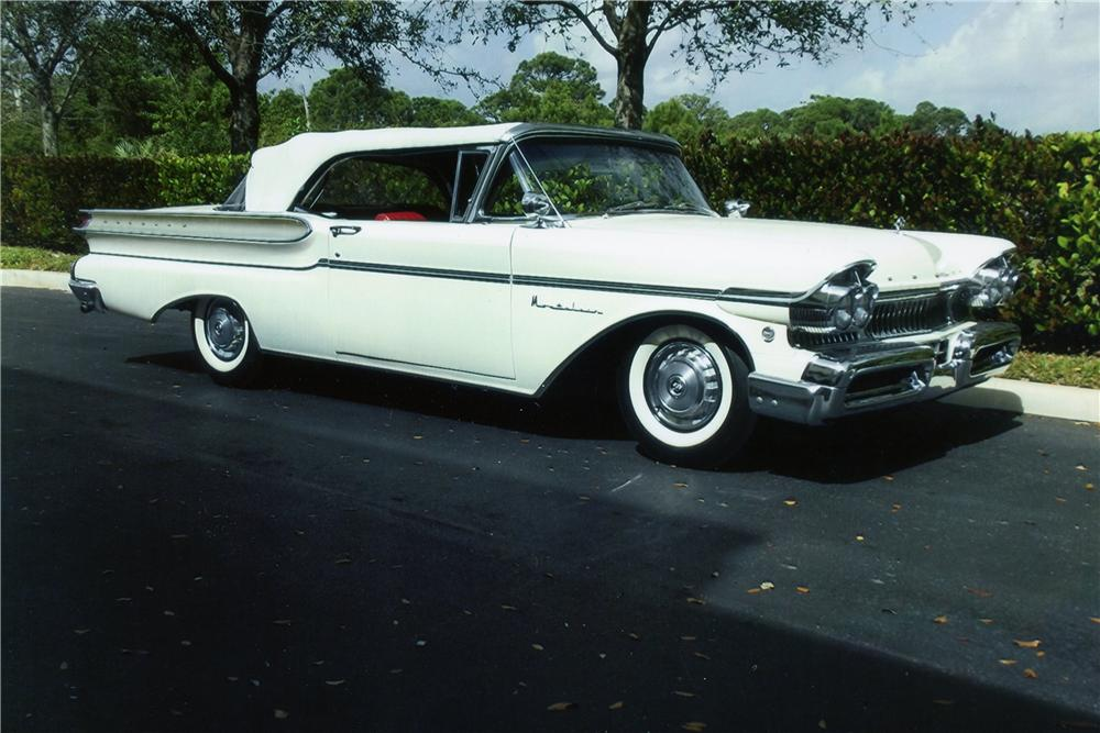 1957 MERCURY MONTCLAIR CONVERTIBLE - Front 3/4 - 151722