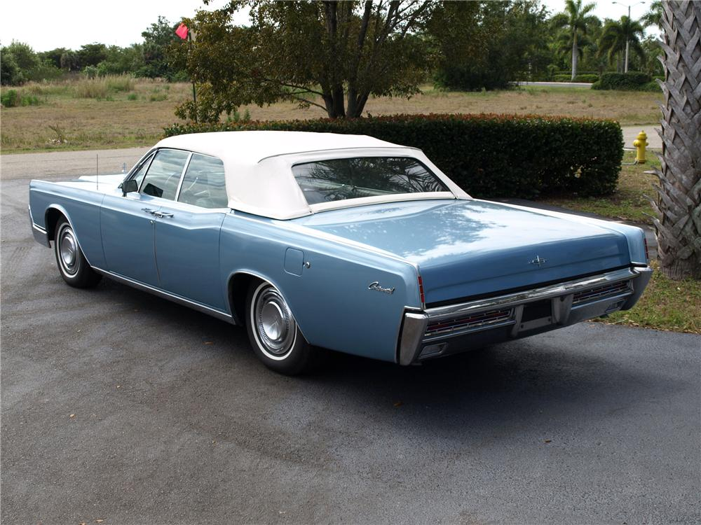 1967 LINCOLN CONTINENTAL CONVERTIBLE - 151727